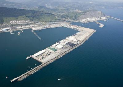 Proyecto y Dirección de las Obras de la instalación de tratamiento y reprocesado de residuos en el Puerto de Bilbao